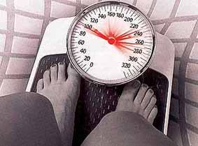 Foto de mulher na balança